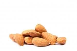 almonds-1310210-m